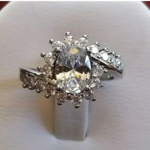 Gorgeous White Topaz Ring Size 5